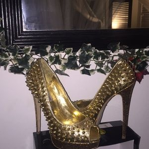 Steve Madden glitzy gold spiked high heel